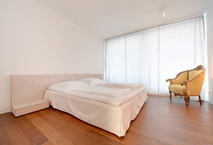 Schlafzimmer:  Schlafzimmer von wesenfeld höfer architekten,Minimalistisch