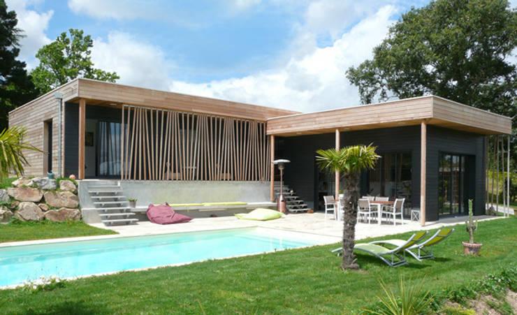 Casas de estilo  por Gilles Cornevin SARL