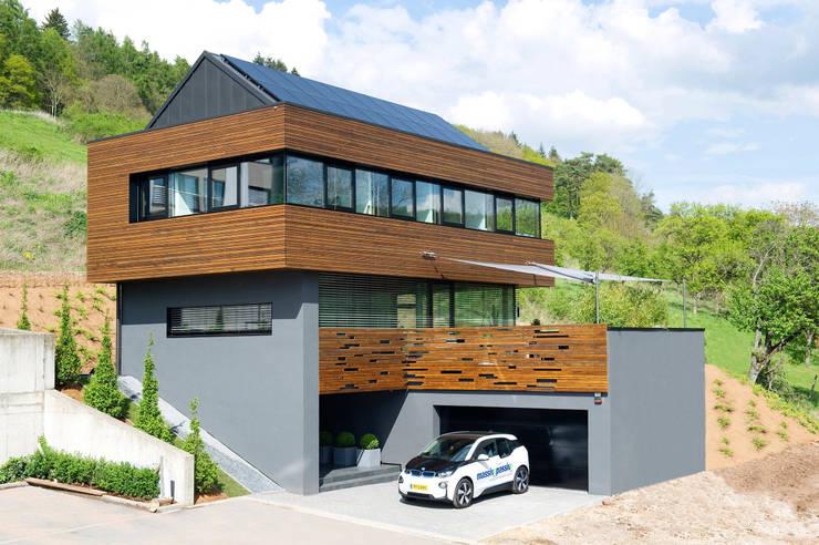 moderne Huizen door massive passive