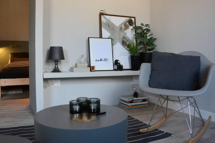 Projekty,  Salon zaprojektowane przez Insides