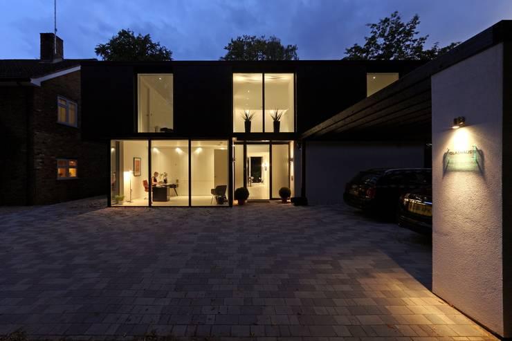 Brixham House:  Houses by Nicolas Tye Architects