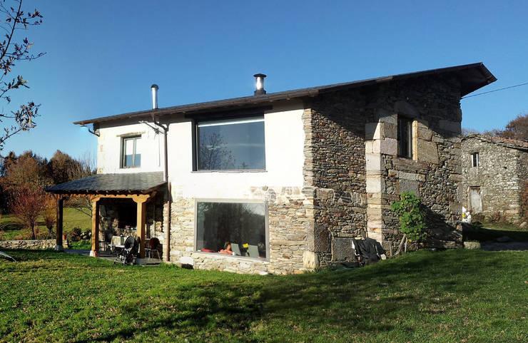 Casas de estilo  por arquitectura SEN MÁIS