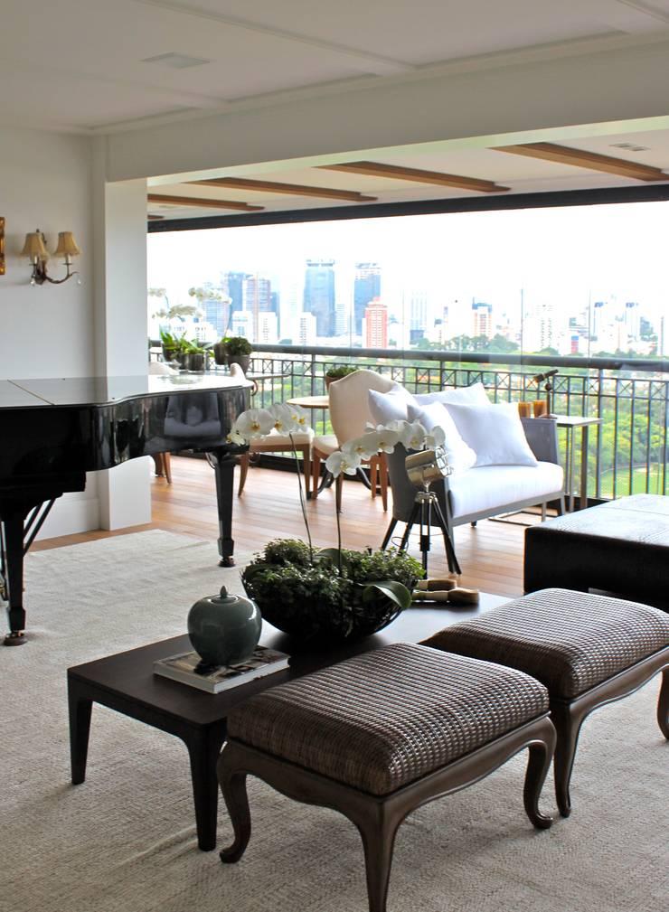 Sala de Convivência - Apartamento São Paulo: Salas de estar  por Vaiano e Rossetto Arquitetura e Interiores