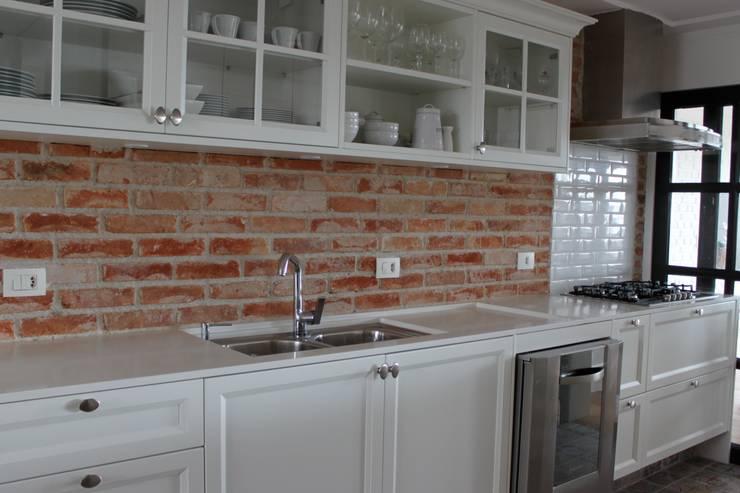 Cozinha - Apartamento São Paulo: Cozinha  por Vaiano e Rossetto Arquitetura e Interiores