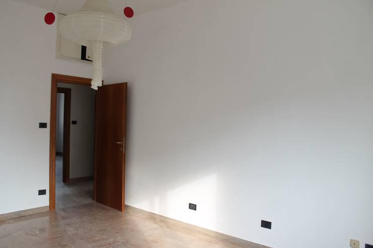 La camera:  in stile  di FOSCA de LUCA Home Stager & Redesigner