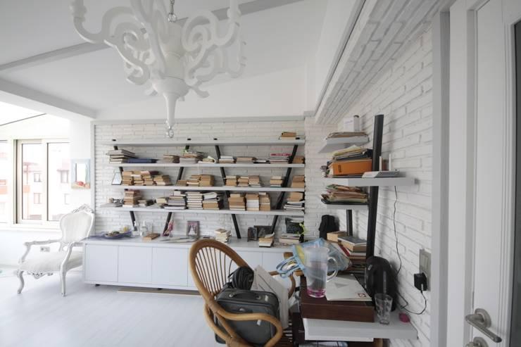 Oficinas de estilo  por DerganÇARPAR Mimarlık