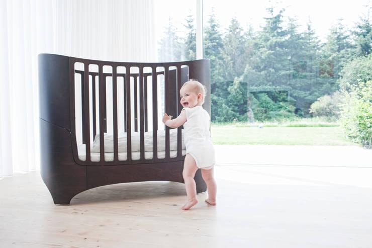 Leander Baby Bed and Mattress in Walnut:  Nursery/kid's room by Cuckooland