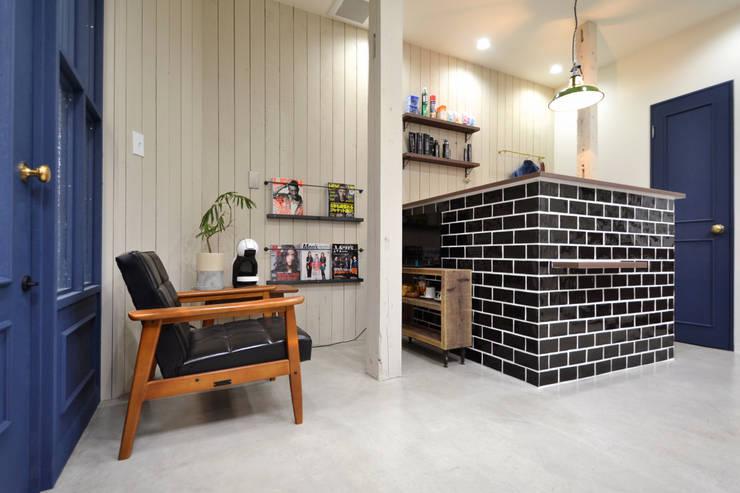 calm room: TRANSFORM  株式会社シーエーティが手掛けた商業空間です。