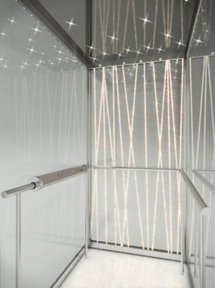 IGVLift - Crystal Light (2013): Hotel in stile  di studio callocchia: architettura-design-comunicazione