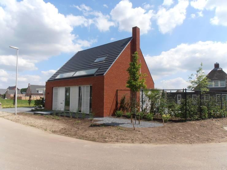 Voogevel beeld:  Huizen door Joris Verhoeven Architectuur