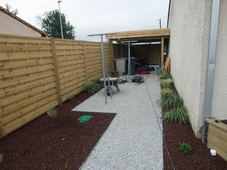 Jardin: Jardin de style de style Classique par bureau d'etudes jardins KAEL
