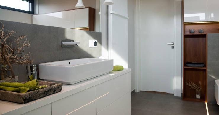 Salle de bains de style  par Ewa Weber - Pracownia Projektowa, Industriel