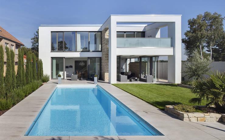 Gartenansicht:  Häuser von Skandella Architektur Innenarchitektur