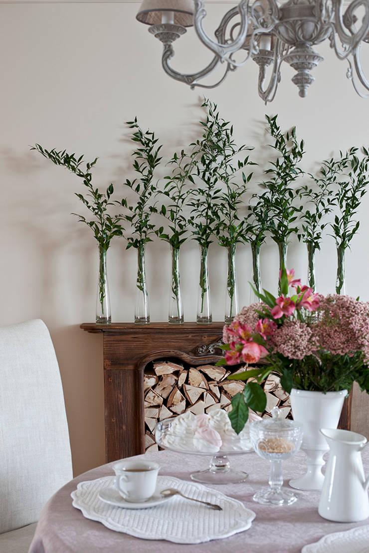 Пепел розы: Столовые комнаты в . Автор – Luda Krishtaleva