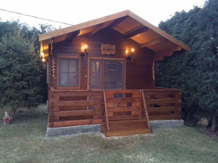 Casas de estilo  por Tabiat Ahşap Tasarım ve Uygulama San. Tic. Ltd. Şti