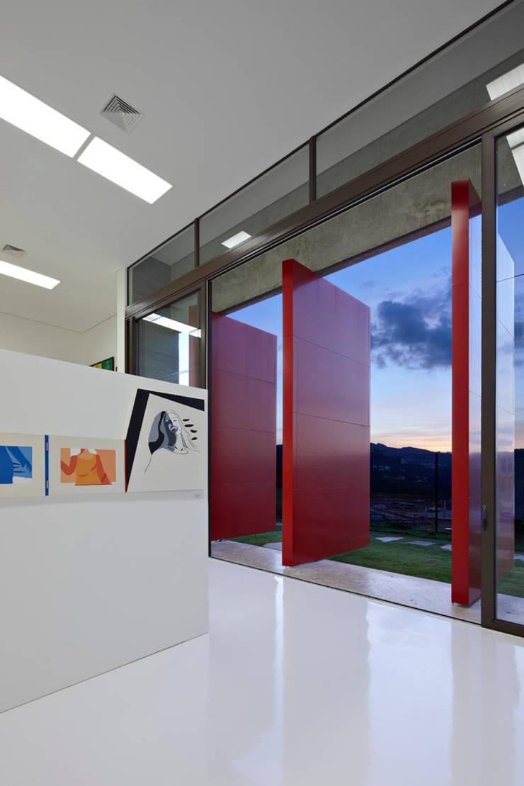 modern  by Humberto Hermeto, Modern