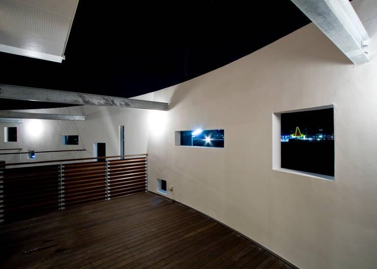 Terrasse de style  par Y.Architectural Design, Moderne
