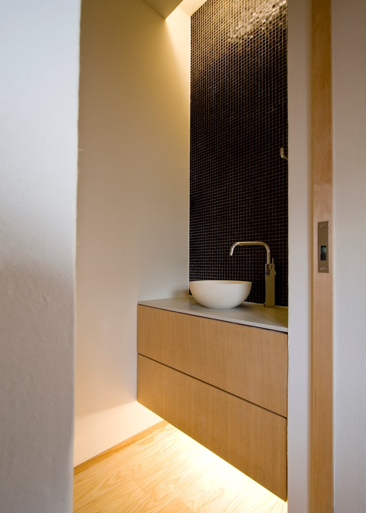 Dressing room by Y.Architectural Design, Modern