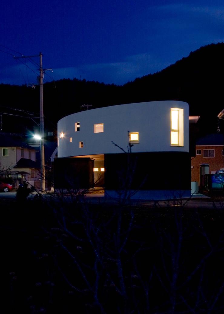 Maisons de style  par Y.Architectural Design, Moderne