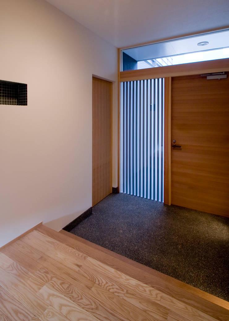 Windows by Y.Architectural Design, Modern