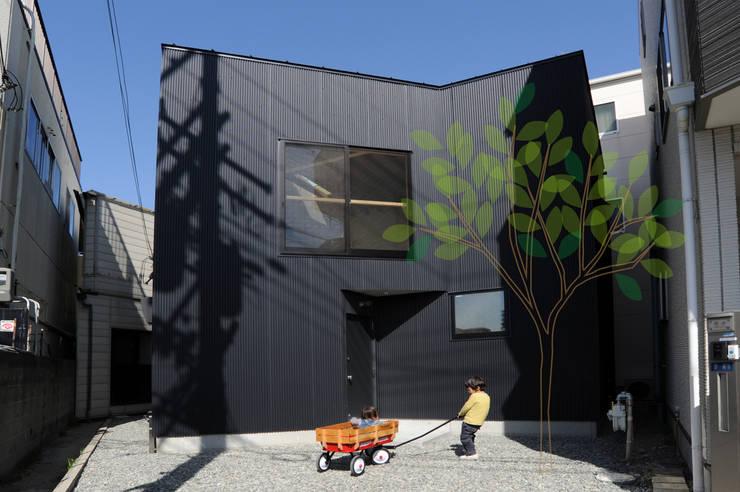 外観: モノスタ'70が手掛けた家です。