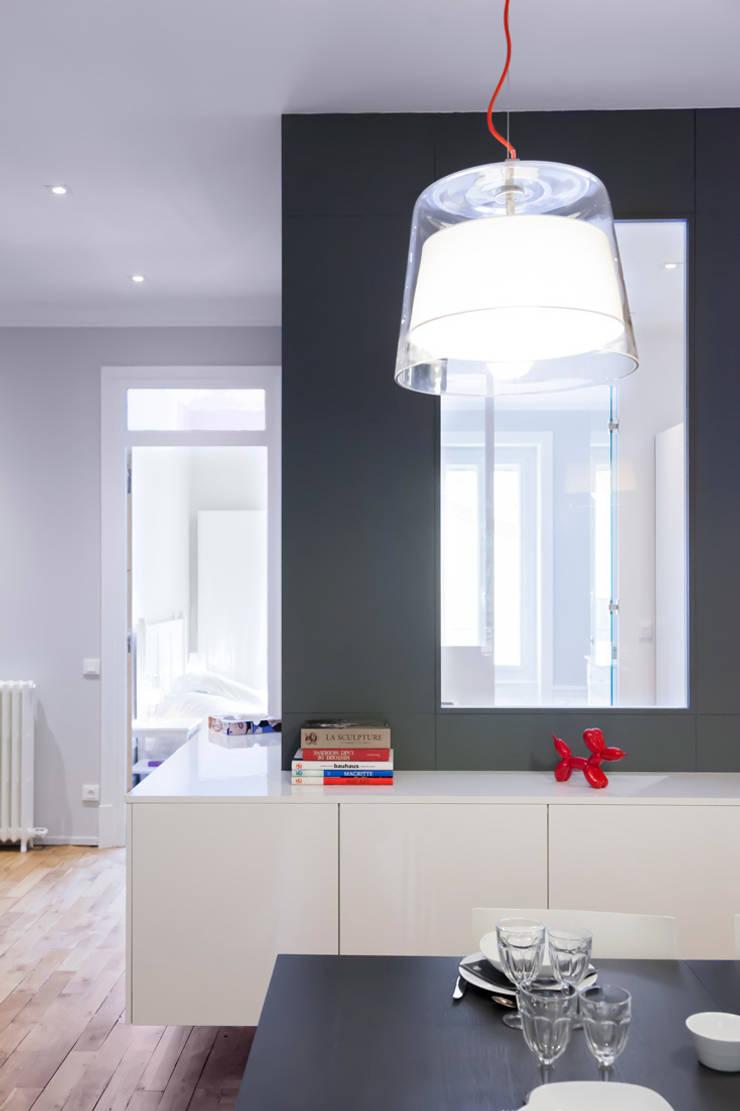 Appartement Lyon 03: Bureau de style  par Tymeno