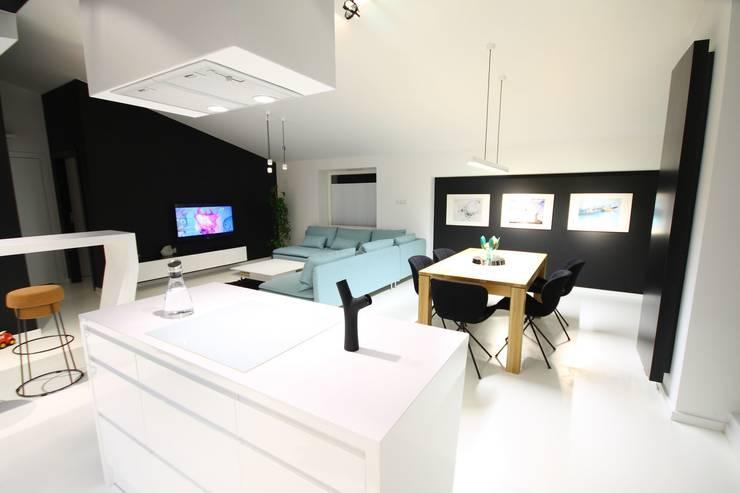 Salon - realizacja: styl , w kategorii Salon zaprojektowany przez Orange Studio