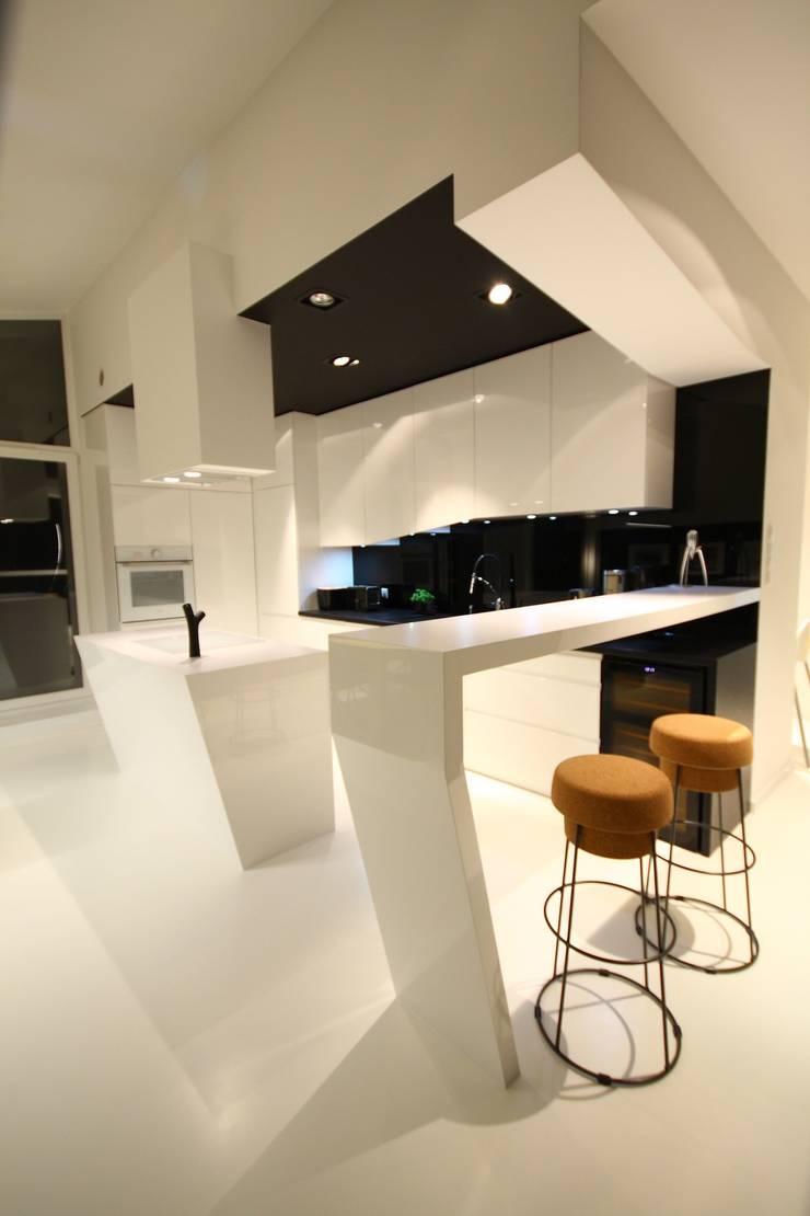 Kuchnia- realizacja: styl , w kategorii Kuchnia zaprojektowany przez Orange Studio