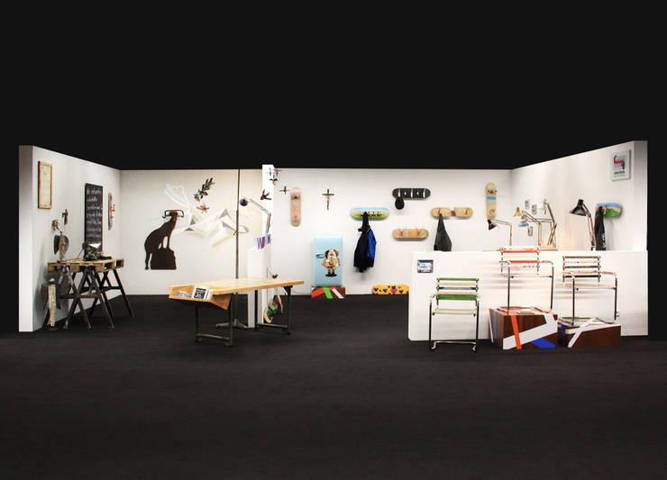 Messestand:  Arbeitszimmer von Colourform,Minimalistisch
