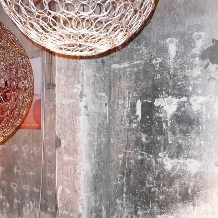 Aging wall:  Muren & vloeren door Dofine wall | floor creations