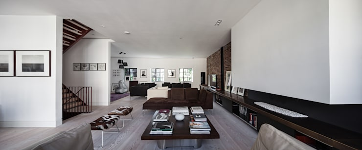 Clarendon Works, Notting Hill, London:  Living room by moreno:masey