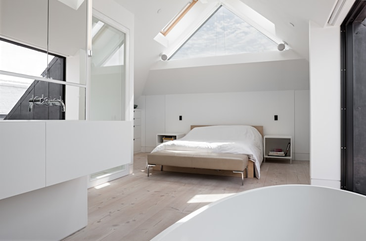 Clarendon Works, Notting Hill, London:  Bedroom by moreno:masey