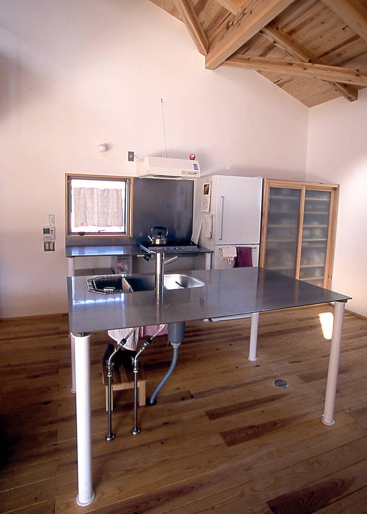 オリジナルキッチン: 稲吉建築企画室が手掛けたキッチンです。