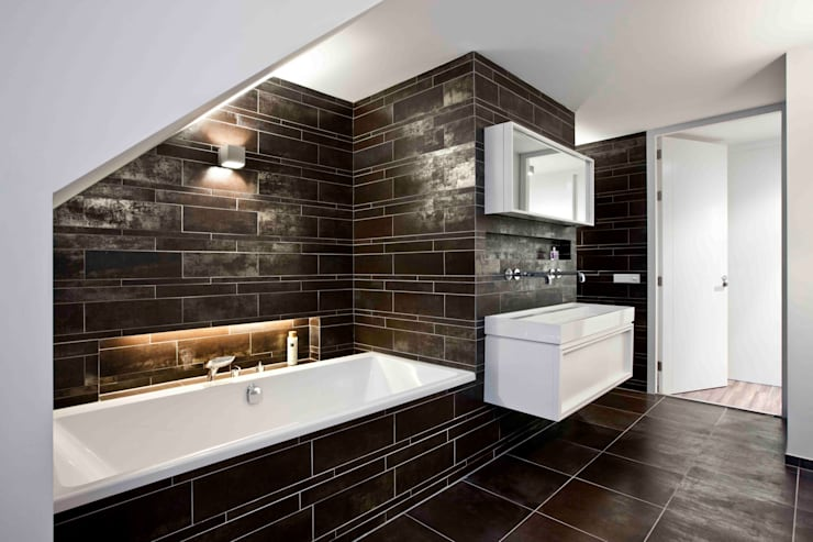 Interne verbouwing 2-onder-1-kap-woning: moderne Badkamer door a-LEX
