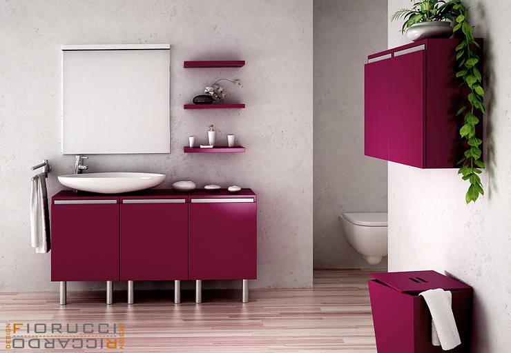 bagno:  in stile  di riccaro fiorucci, Minimalista