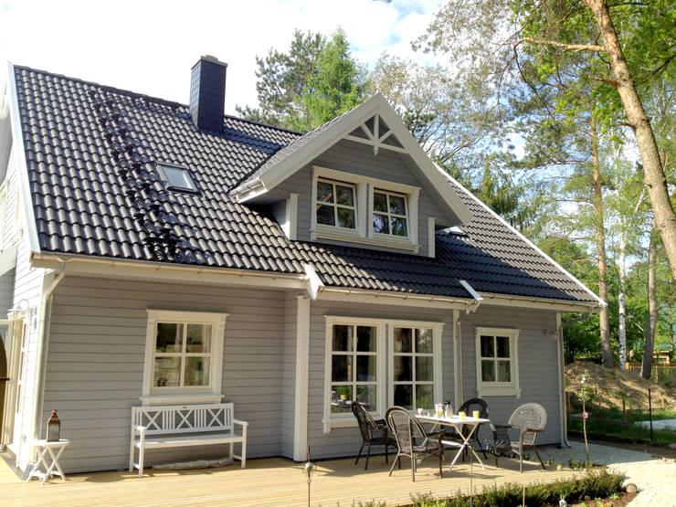 Houses by Akost GmbH  'Ihr Traumhaus aus Norwegen'