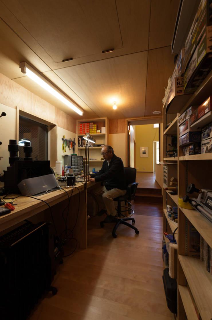 工房: 設計工房 悠が手掛けた書斎です。