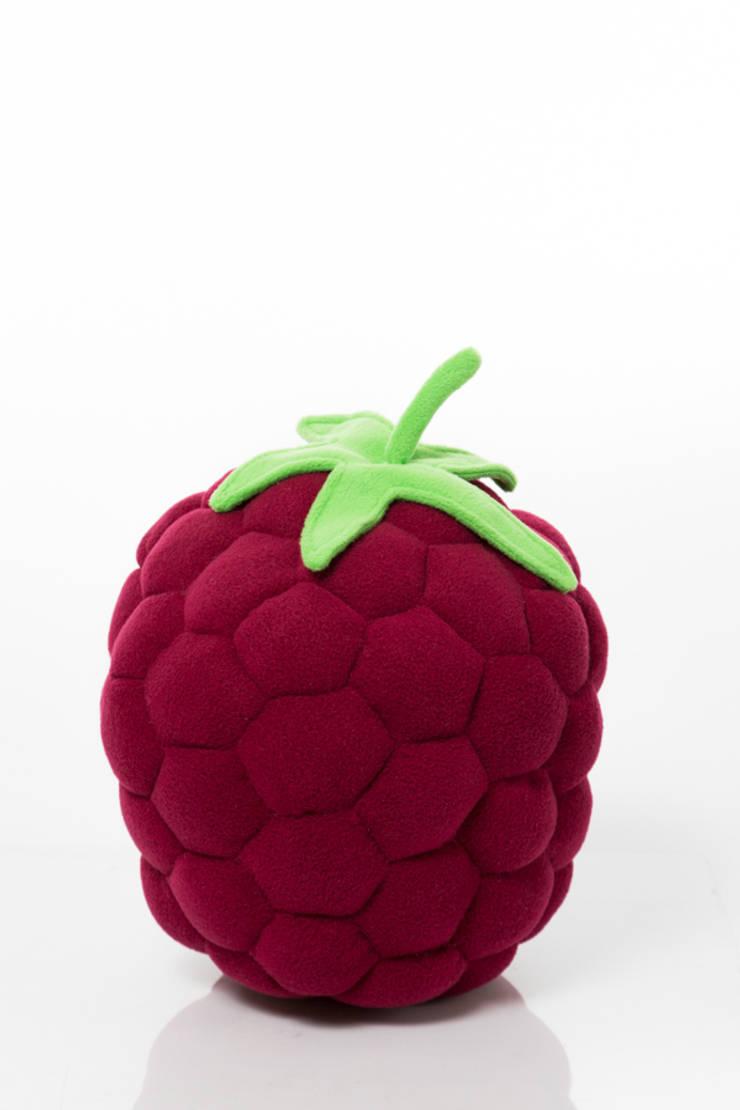 Poduszka jeżynka : styl , w kategorii Pokój dziecięcy zaprojektowany przez Pracownia Projektowa Pink Frog