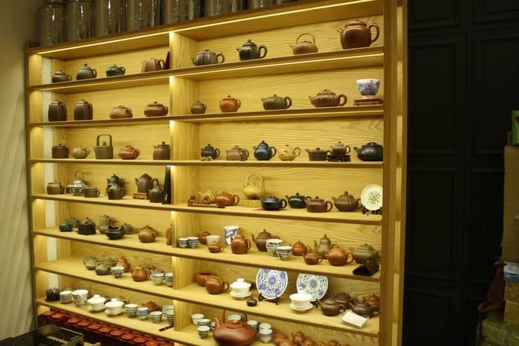 '茶鼎'(da-jung) china tea house.:  Commercial Spaces by Mobelplus