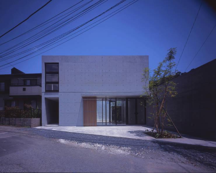 ファサード: atelier oが手掛けた商業空間です。