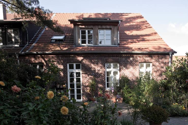 Casas de estilo rural por Lecke Architekten