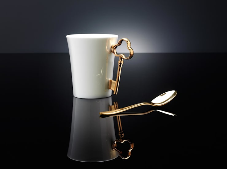 Gold Key Handle Mug: eclectic Kitchen by Gary Birks