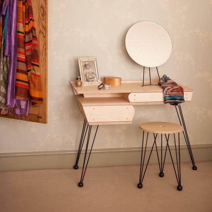 modern Dressing room by tim germain furniture designer/maker