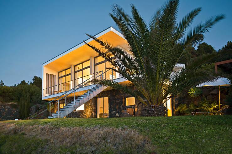Casas modernas por Lukas Palik Fotografie