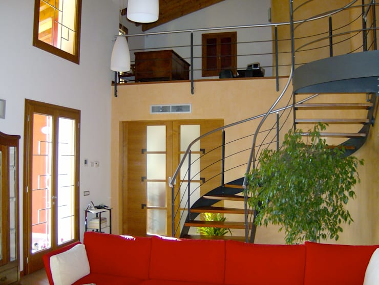 Soggiorno: Soggiorno in stile  di massimo spagnolo architetto,