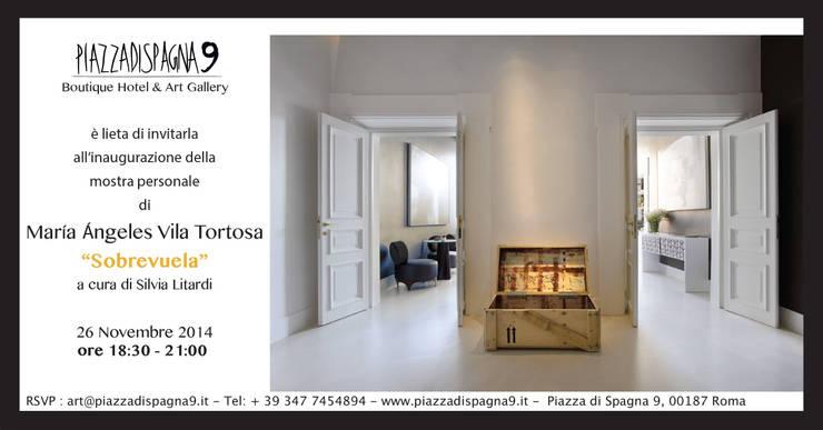 La caja abitada - baule di Vila Tortosa: Soggiorno in stile  di art5,