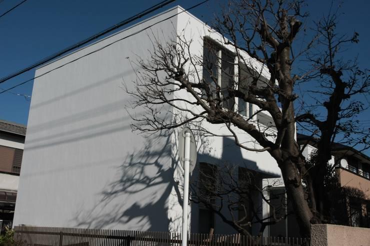 Дома в . Автор – 大島功市建築研究所 一級建築士事務所, Средиземноморский