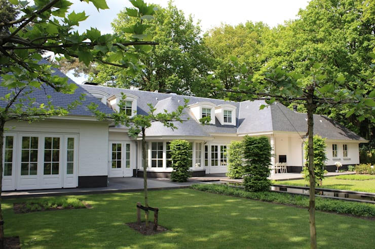 In Brabant is het goed wonen: landelijke Huizen door Arceau Architecten B.V.