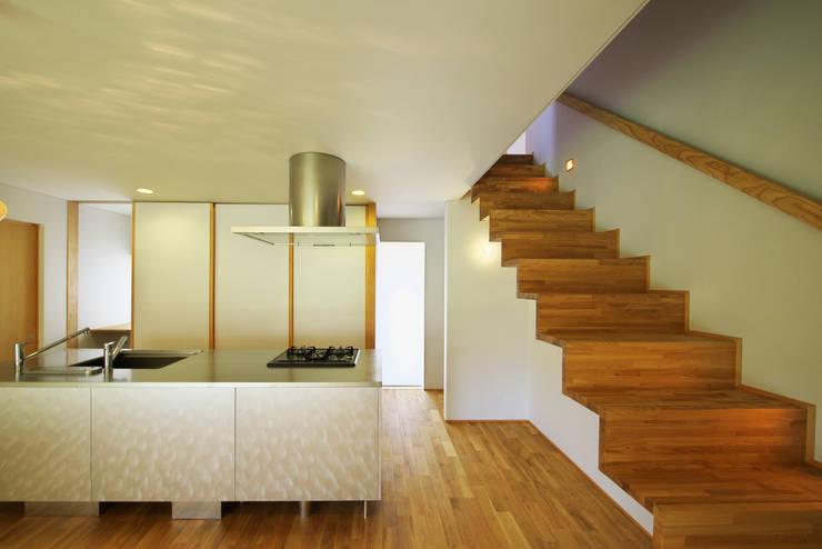岩倉の家: 五藤久佳デザインオフィス有限会社が手掛けたキッチンです。