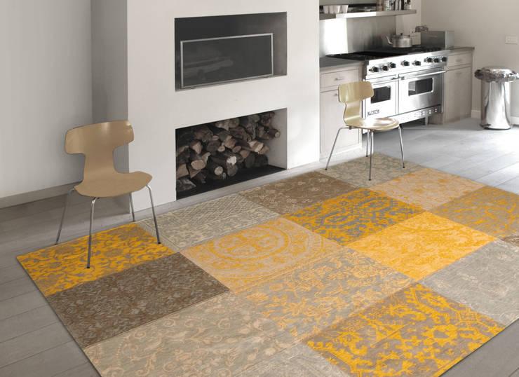 Patchwork - Yellow 8084 - Interior:  Muren & vloeren door louis de poortere